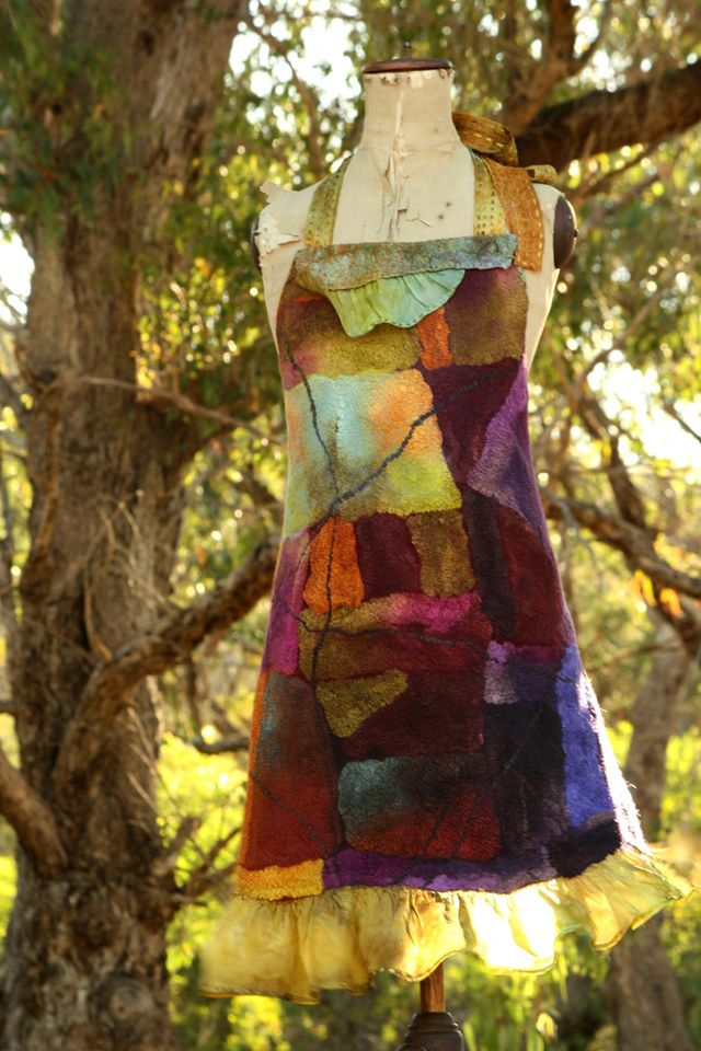 https://feltmakersireland.files.wordpress.com/2015/01/nancy-apron.jpg